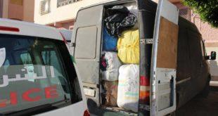 الأمن يشدد الخناق على المهربين بالناظور ويحجز 4 سيارات وأطنان الملابس المهربة ! + ( صور )
